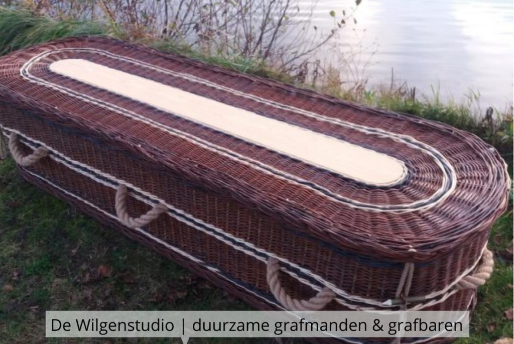 Natuurlijk Afscheid uitvaartbegeleider natuurbegraven De Wilgenstudio