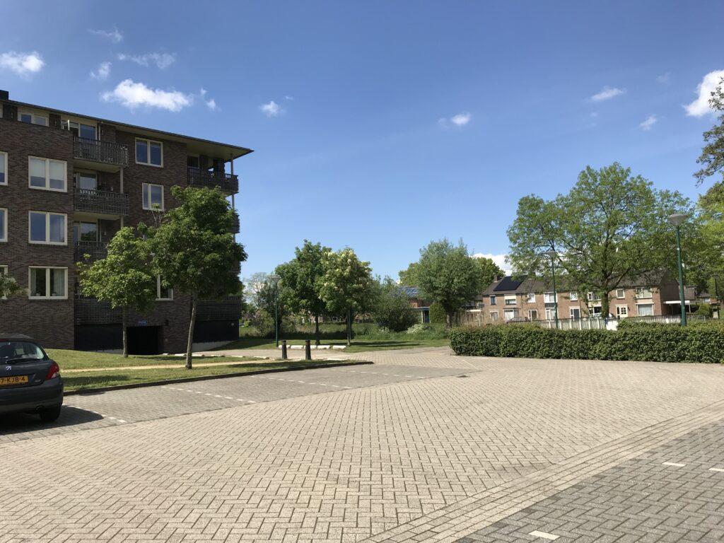 Natuurlijk Afscheid uitvaartbegeleider natuurbegraven Pastoor vd Hurkplein Grave